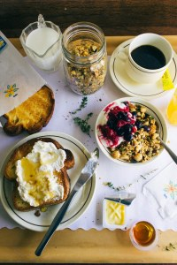 20140923-macadamia-honey-and-thyme-granola-final-7